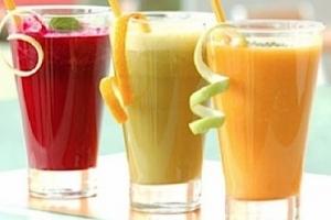 ЕС запрещает использование сахара во фруктовых и томатных соках