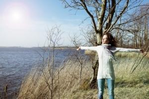 Польза от солнца, которую оно приносит нашему здоровью